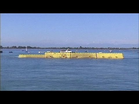 Successful first test for Venice Mose project floodgates