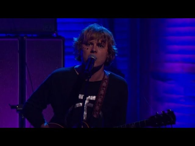 Ty Segall - Feel - (Live on Conan)