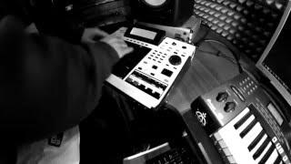 Oerbeatz - Akai S950 Beatmaking + [Free instrumental]