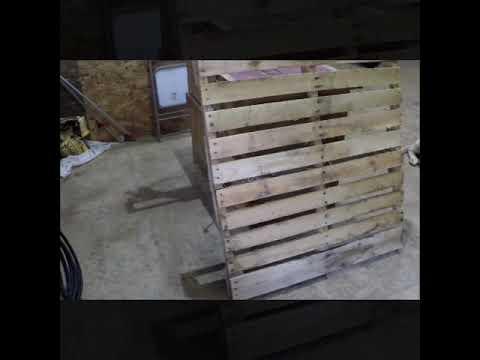 DIY pallet wood picture frame.