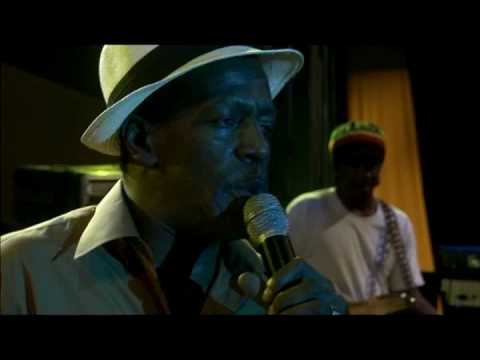 Gregory Isaacs sings Border in Made In Jamaica - DVD out now