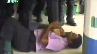 Bangladeshi Police killing people 01