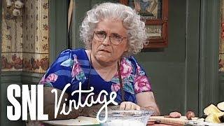 Rita Delvecchio's Thanksgiving - SNL