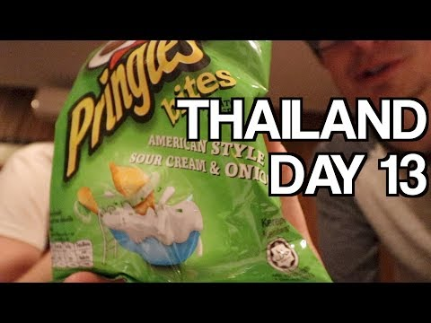 Bussing It To Sukhothai + Pringles In A Bag?! 🇹🇭