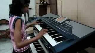 INDIAN GIRL PLAYING  KEYBOARD HINDI INSTRUMENTAL MUSIC - Classic Medley of 2 Rhythmic Awara songs