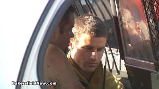 Car pursuit lands naked man in lake Mp3