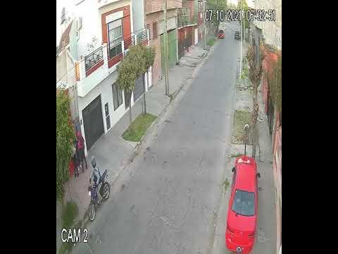 Motochorros asaltan a una embarazada de siete meses en Isidro Casanova