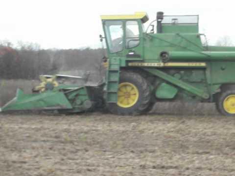 Combining Non GMO Soybeans
