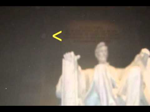 abraham lincoln ghost caught on tape. is this a ghost orb at lincoln memorial abraham caught on tape