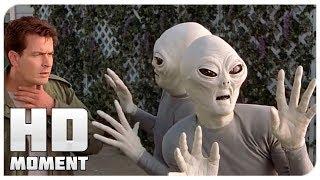 Знакомство с пришельцами - Очень страшное кино 3 (2003) - Момент из фильма