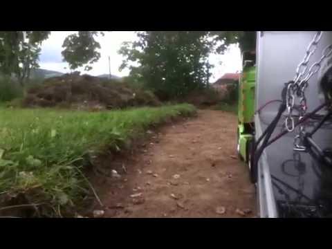 Tour de piste au fond du jardin