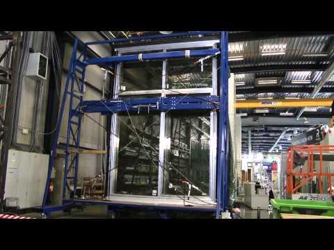 Reynaers Aluminium - Seismic Test: 100mm Displacement