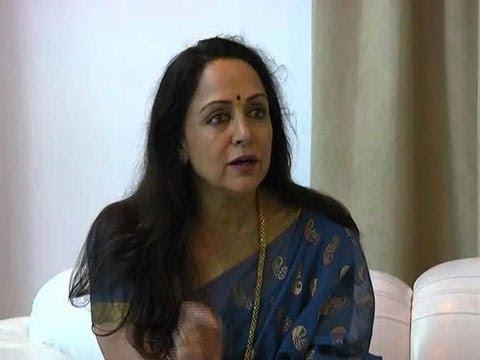 Filmmaking is not in my hand says Hema Malini