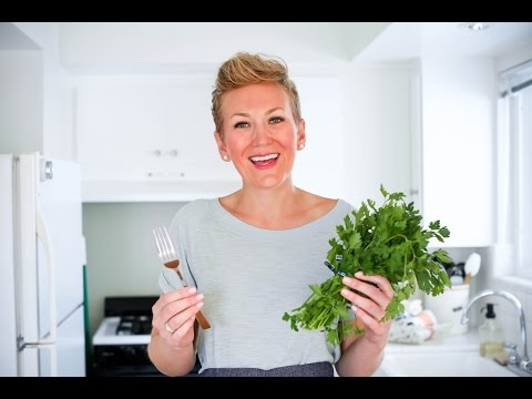 How to Quickly Pick Parsley & Cilantro Using an everyday Kitchen Staple