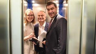 Mit Markus Söder im Aufzug: Kickers, der Club und ein Frankenwitz