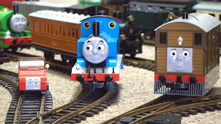 Model Train Video For Kids:  Thomas & Friends
