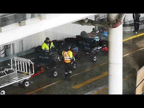 Baggage service - Santiago de Chile Airport