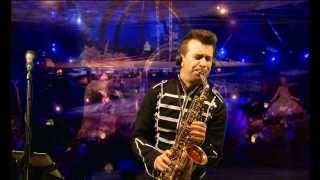 Alegría. Circo del Sol. Ismael Dorado (Saxos y flauta)