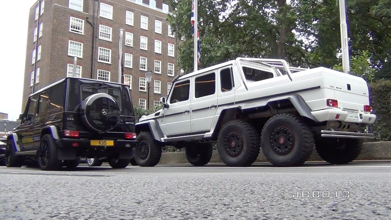 Arab Mercedes G63 AMG 6X6 vs Mercedes G63 AMG Size parison in