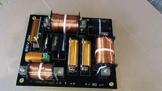 Mạch phân tần full đôi PRO F-2528 ( 2 bass + 1 tép) lh 01692540875