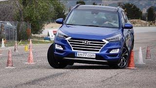 Hyundai Tucson 2019 - Maniobra de esquiva (moose test) y eslalom | km77.com