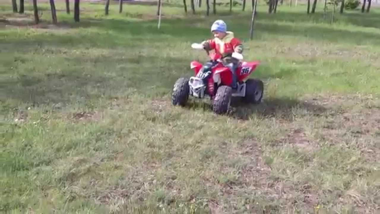 Peg-Perego Polaris Outlaw - YouTube
