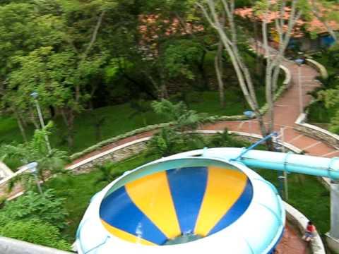 Licuadora piscilago youtube for Toboganes para piscinas