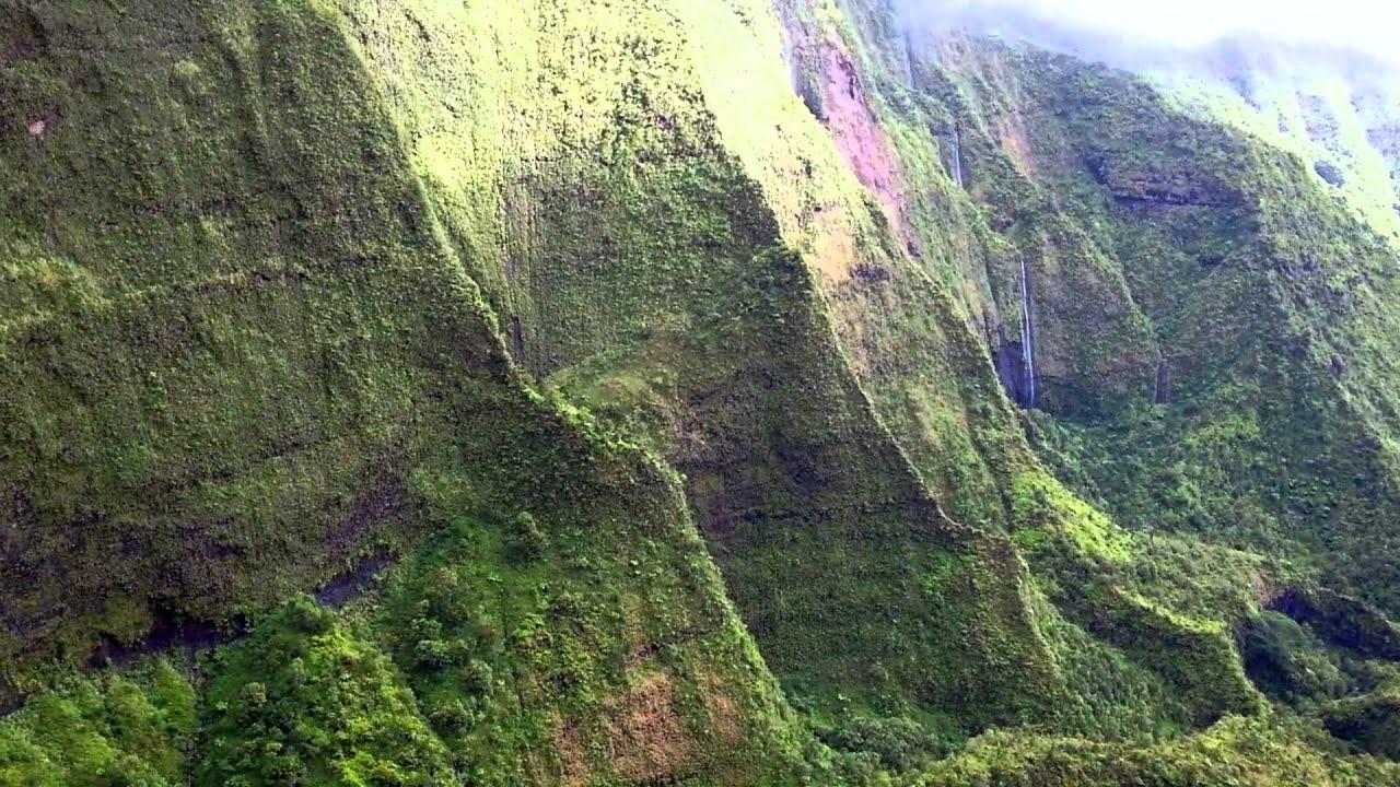 Na Pali Coast Waimea Canyon - Flying Over Kauai In Helicopter With Doors