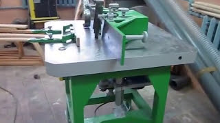 Самодельный фрезерный станок/Homemade milling machine(Фрезерный станок по дереву.Устройство подвижных столов здесь- https://www.youtube.com/watch?v=DrmoRfLsFvc подробности по..., 2015-02-08T17:46:34.000Z)
