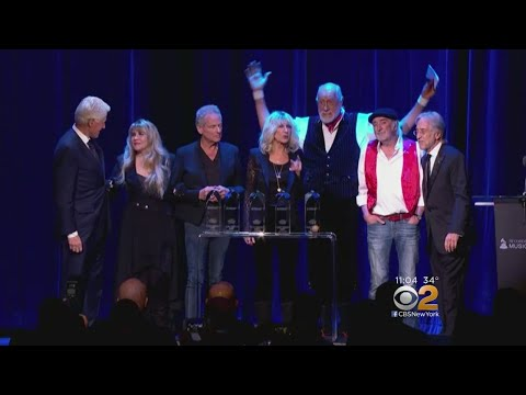 Fleetwood Mac Honored Ahead Of GRAMMY Awards