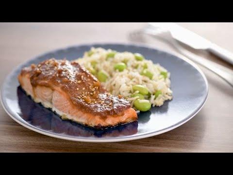 recette-de-pavé-de-saumon-laqué-au-miso,-riz-et-edamame
