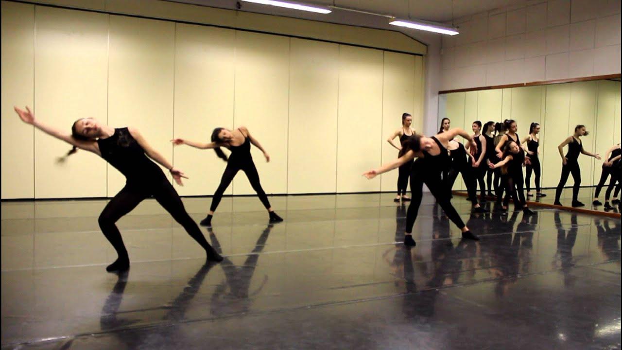 Lezioni di danza moderna 5 marzo 2016 youtube for Immagini di ballerine di danza moderna