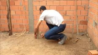 Como nivelar terreno utilizando mangueira de nivel parte 2