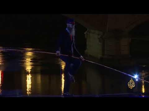 هذا الصباح-مغامر إيطالي يقطع نهرا في روما مشيا  - نشر قبل 3 ساعة