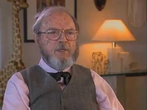 Chuck Jones discusses Walt Disney - EMMYTVLEGENDS.ORG