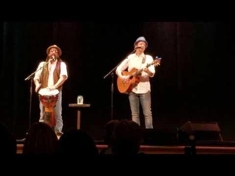 "Jason Mraz And Toca Rivera - ""Sleeping To Dream"" Auditorium Theatre, Rochester 12-01-2018"