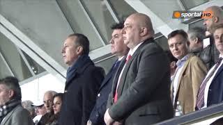 Екзекуторът на петлите с молитва преди мача с Черна гора
