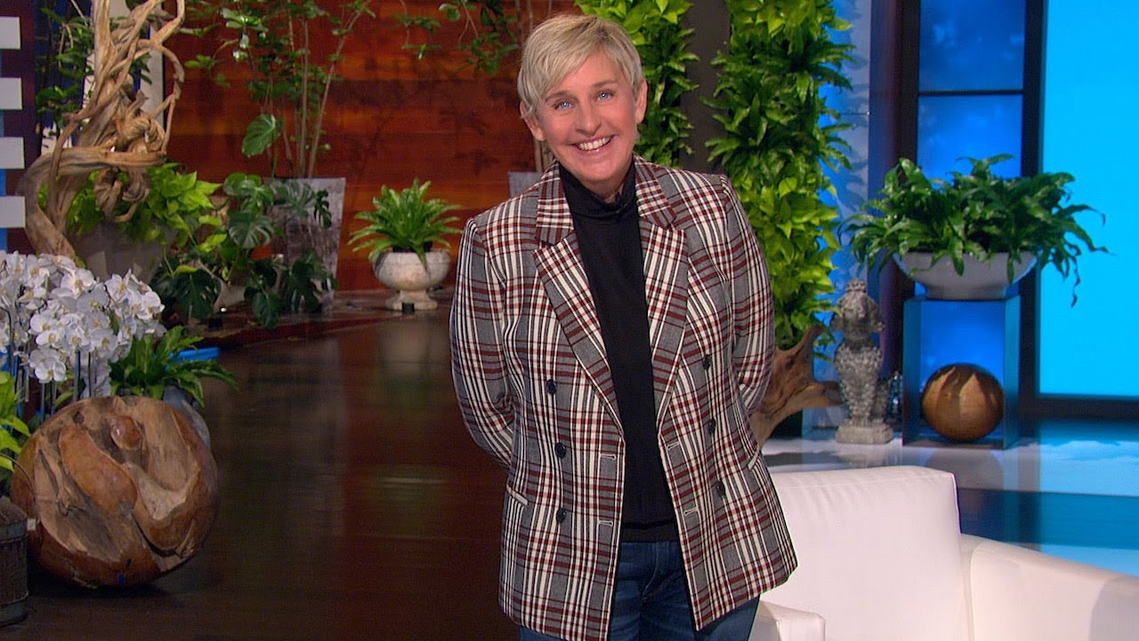 Ellen & tWitch Attempt to Guess What's Next in These Unpredictable Commercials