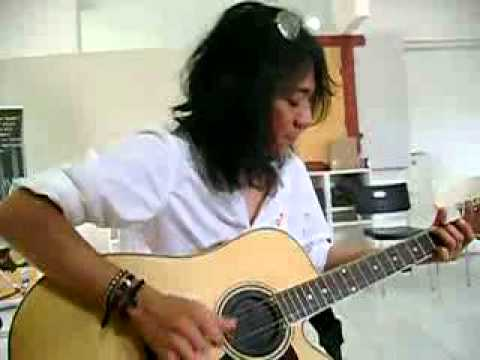 Abdee Negara - Bunda (rehearsal) @ Konser KOIN Untuk Anak (28 Maret 2010)