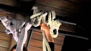 Nudo ballestrinque para colgar cuerda de trapecio / Clove hitch knot to hang aerial trapeze