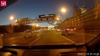 Смотреть видео ДТП Москва 13.11.2018(Лужниковская Эстакада) онлайн