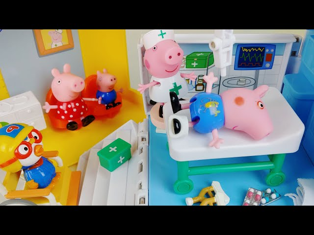 Baby doll Hospital and ambulance car toys Doctor play house story - ToyMong TV 토이몽