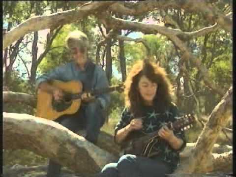 Hey Rain! PENNY DAVIES & ROGER ILOTT sing Bill Scott's Australian classic