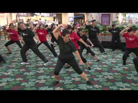 Kahala Mall World Tai Chi Day 2017 everydaytaichi lucy chun Honolulu, Hawaii
