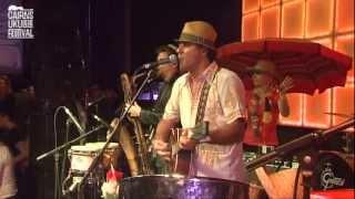 Bustamento - Coconut Woman - Cairns Ukulele Festival 2012 (Nicky Bomba)