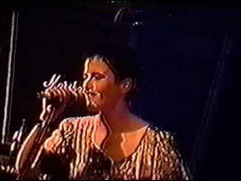 The Cranberries - I Still Do (Live)
