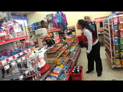 Fight inside Family Dollar