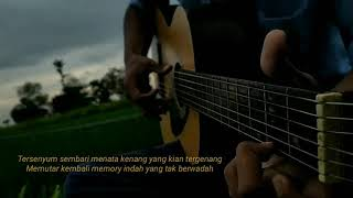 Download lagu Stowy WhatsApp | Sadness and Sorrow