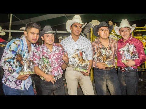 ¡¡nadie-queria-perder!!-ruleta-de-la-muerte-los-toros-traficantes-en-cerro-colorado,-hgo.