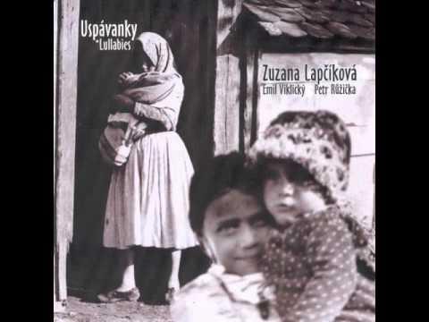Zuzana Lapčíková: Halaj, belaj, malý synku